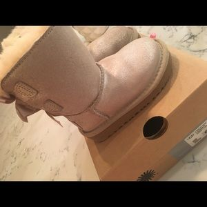 Toddler Ugg Bailey bow boots